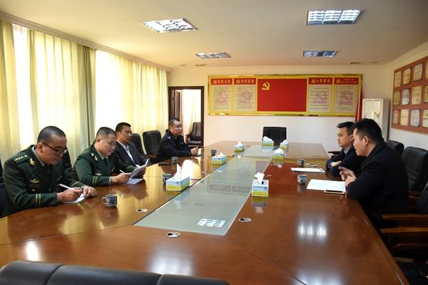 梅江区副区长、公安分局局长谢益民率队深入长沙镇调研指导火灾隐患重点地区整治工作